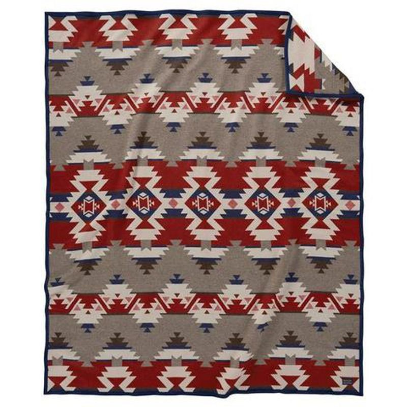 Pendleton Mountain Majesty Robe